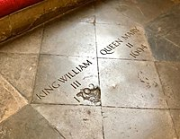 Tomb of King William III and Queen Mary II.jpg