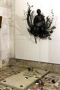 Tombs of the Children of Fatima (3).JPG