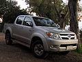 Toyota Hilux 3.0 D-4D Turbo 4x4 2007 (15033561108).jpg