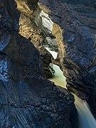 Trümmelbachfälle im Lauterbrunnental.jpg
