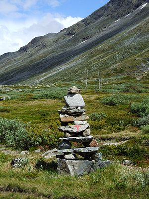 English: Trail blazing in Jotunheimen mountain...