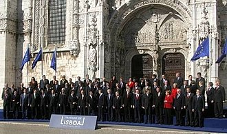 Treaty of Lisbon - The plenipotentiaries standing outside the 15th-century Jerónimos Monastery, which was the venue, having signed the treaty