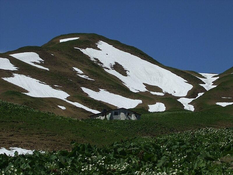 File:Trifthütte - das südlichste Haus Deutschlands - panoramio.jpg