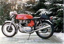 Triton Cafe Racer With A Triumph Engine In Norton Featherbed Frame