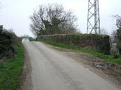 Tumpy Green Hump-Backed Bridge - geograph.org.uk - 376722.jpg