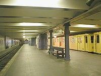 U-Bahn Berlin Uhlandstraße.JPG
