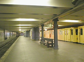 U1 (Berlin U-Bahn) - U-Bahnhof Uhlandstraße (U1)