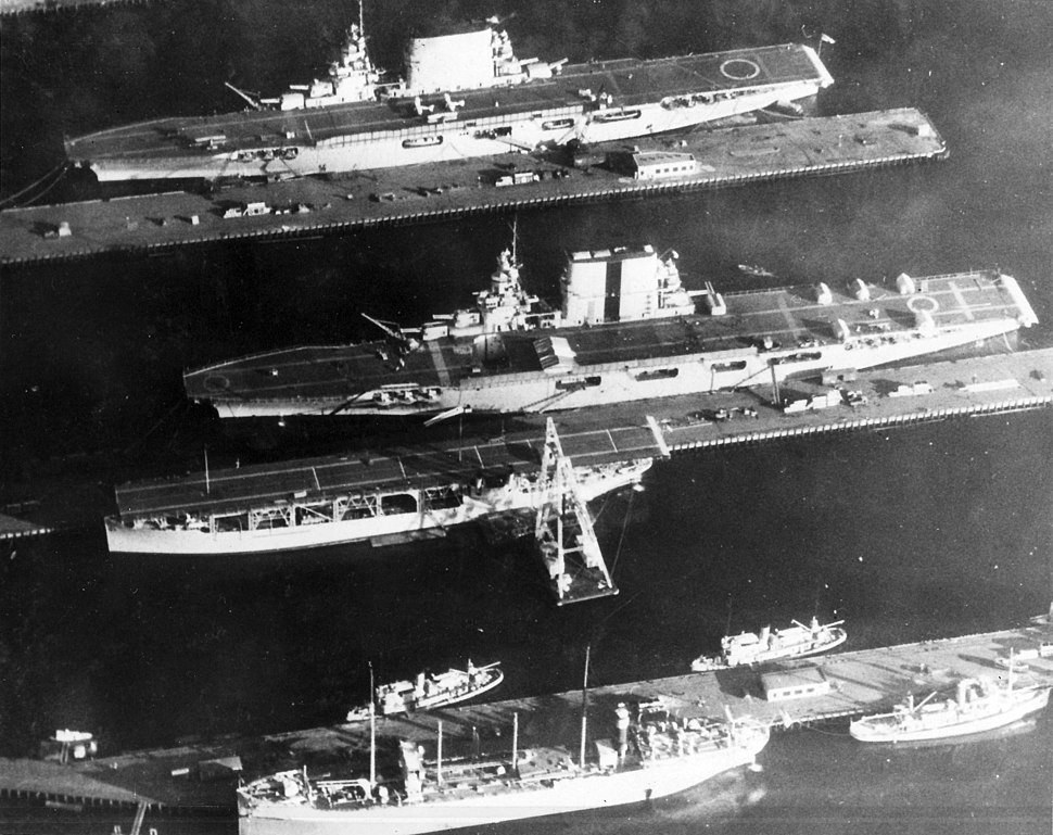 USS Langley (CV-1), USS Lexington (CV-2) and USS Saratoga (CV-3) at the Puget Sound Naval Shipyard, in 1929 (NNAM.1996.488.001.004)