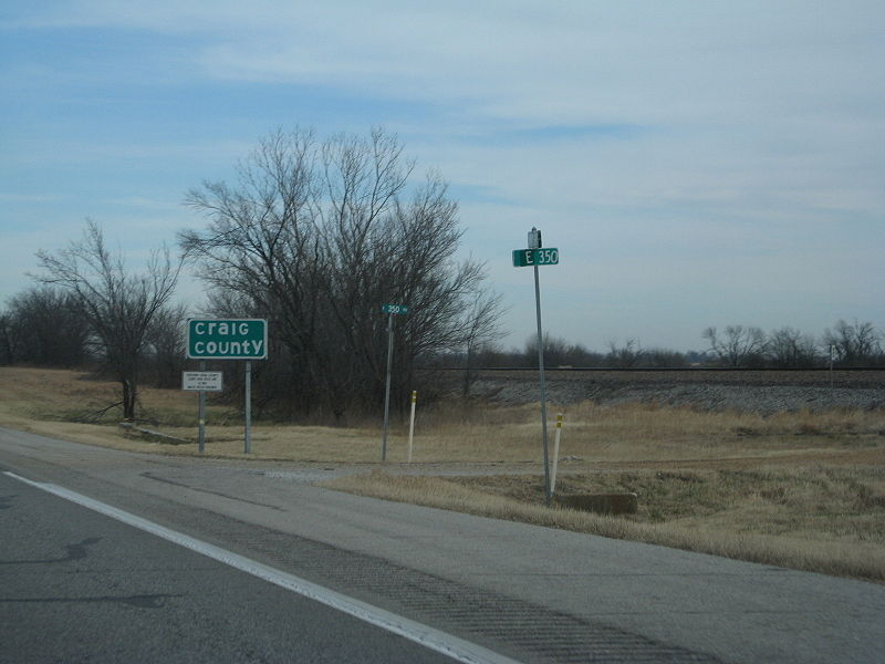 Styles Of County Line Signs