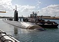 US Navy 071031-N-2218M-019 Fast attack submarine USS Pasadena (SSN 752) departs from Naval Station Pearl Harbor for a scheduled deployment to the Western Pacific.jpg