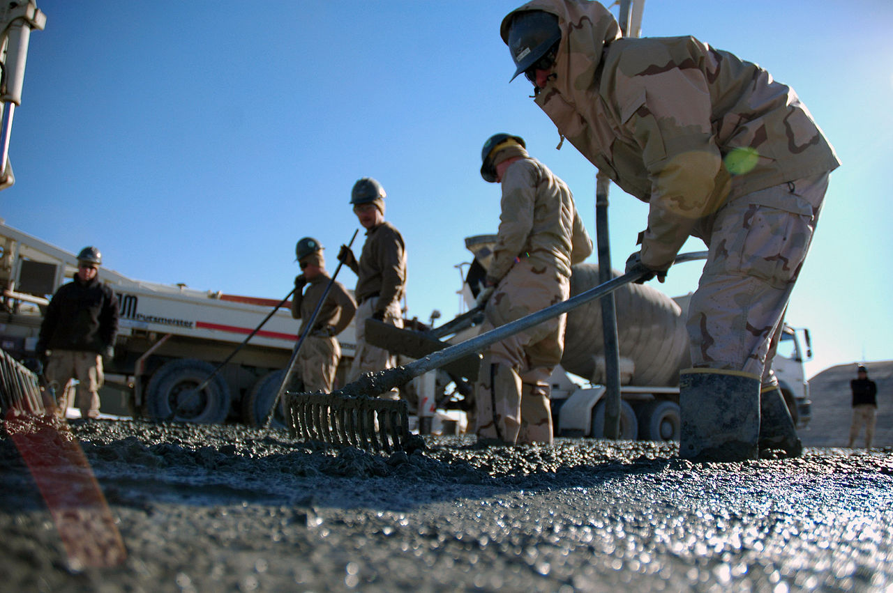 file us navy n k builder rd class ryan richards file us navy 080107 n 7367k 003 builder 3rd class ryan richards assigned to naval mobile construction battalion nmcb 1 task force sierra uses a rake to
