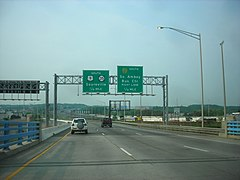 US Route 9 in New Jersey at Route 35 and the Garden State Parkway.jpg
