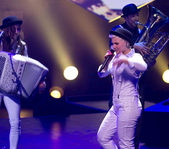File:Unser Song für Dänemark - Sendung - Elaiza-2909.jpg