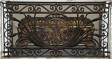 L'urna che contiene la presunta graticola di san Lorenzo, chiesa di San Lorenzo in Lucina, Roma