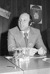 Uwe Seeler (Kiel 56.303)