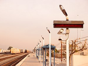 Van nuys train station looking eastward.jpg