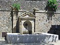 Vannes - fontaine, place Sainte-Catherine.jpg