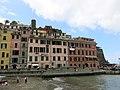 Vernazza seen from the church Santa Margherita.jpg