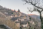 View of Saint Faith Abbey of Conques 09.jpg