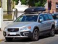 Volvo XC 70 D5 Comfort 2014 (12489628244).jpg