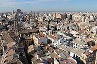 Vue sur la ville depuis la Tour du Miguelete (8277318710).jpg