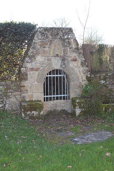 Puits, chapelle Saint-Mériadec, Fr-56-Baden.