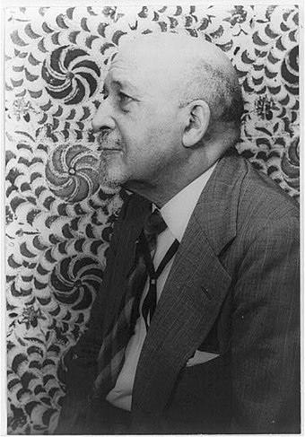 Du Bois in 1946, photo by Carl Van Vechten WEB Du Bois 1946.jpg