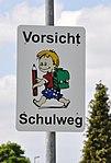 Waldburg Schild Vorsicht Schulweg.jpg