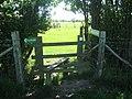 Well signposted footpath near Lamberhurst Farm - geograph.org.uk - 1331644.jpg