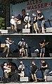 Wien 20100710 - Alles Wasser-Fest 252f Bratfisch triptych.jpg