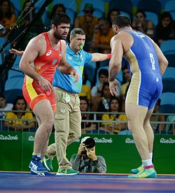 Wrestling at the 2016 Summer Olympics, Makhov vs Zasyeyev 2.jpg