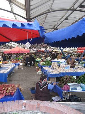 Yalova Province - Image: Yalova Market