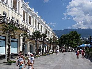 Yalta (2733097088)