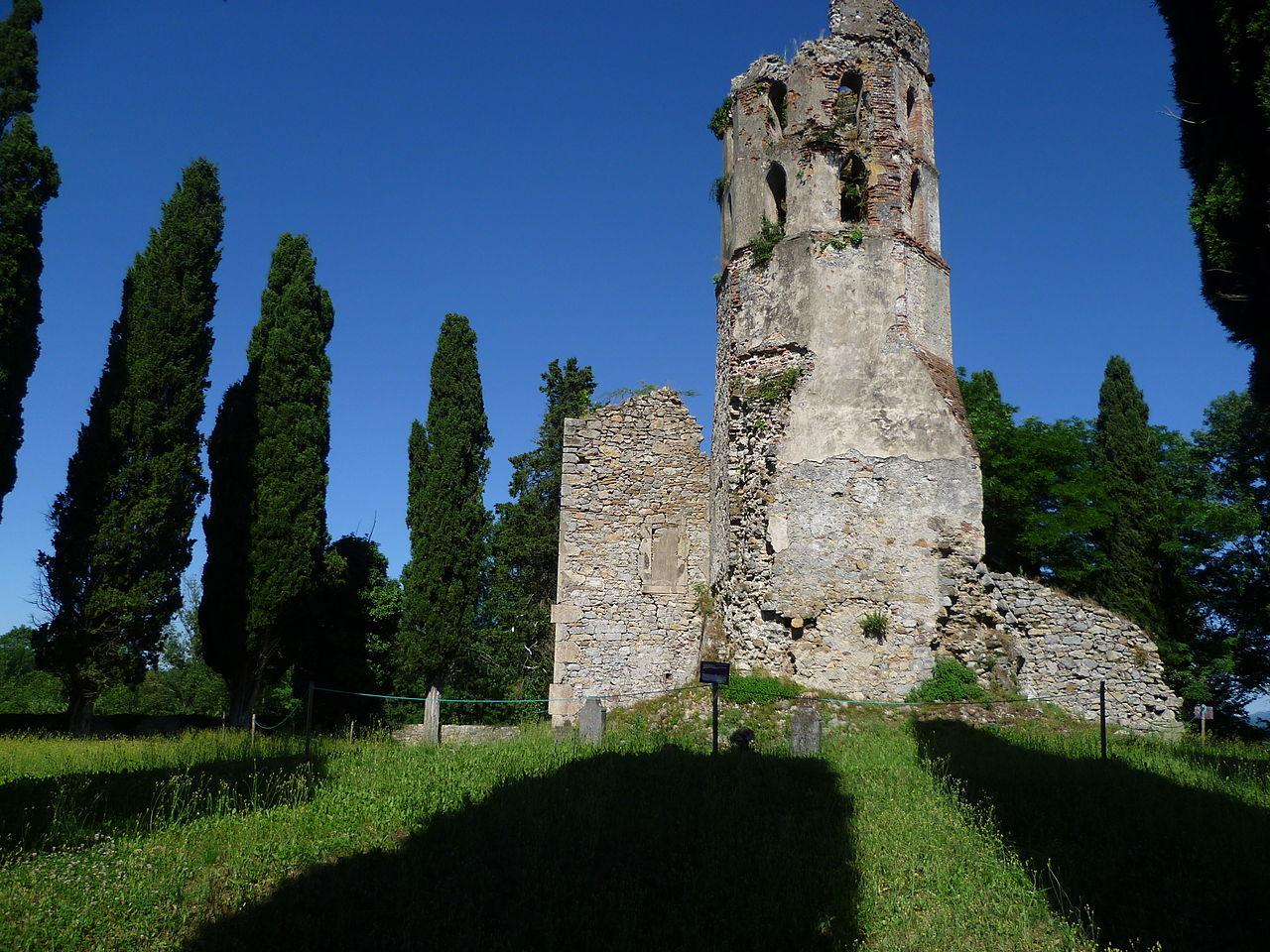 L'église de Noguès (XIIesiècle)