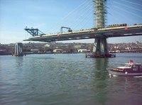 Dosya:İstanbul - Haliç Metro Köprüsü inşaatı Şubat 2013.ogv