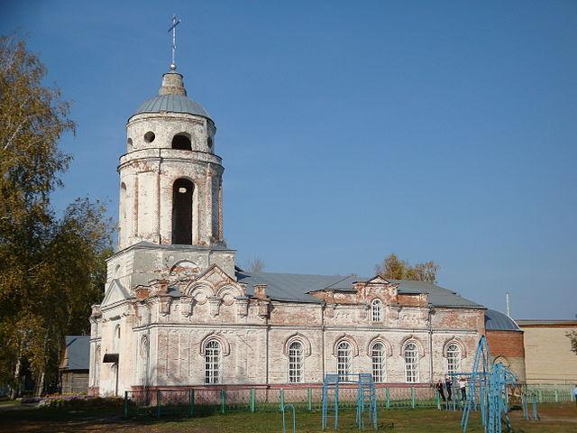 Покровский собор, в котором был крещён А. И. Куприн