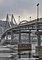 Пішоходний міст через Дніпро (Київ).jpg