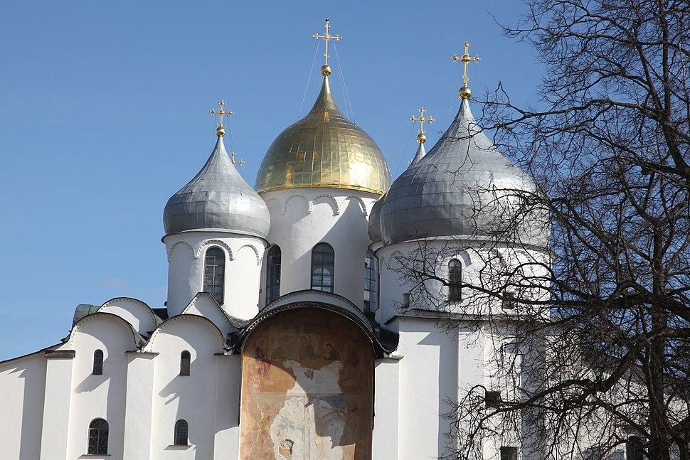 Центральный вход Софийского собора. Великий Новгород
