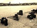 אנדרטת נעליים על הדנובה (7).jpg