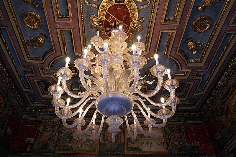 File:0 Lustre en cristal - Sala delle Oche - Musei Capitolini.JPG