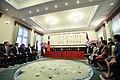 10.03 總統與「宏都拉斯共和國葉南德茲(Juan Orlando Hernández)總統簽署聯合聲明會場 (30047932376).jpg