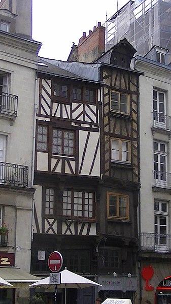 Timber-framed house, 15 Rue de Verdun, Nantes