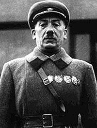 http://upload.wikimedia.org/wikipedia/commons/thumb/7/7d/1936_genrich_grigorijewitsch_jagoda.jpg/200px-1936_genrich_grigorijewitsch_jagoda.jpg