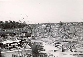 1953 Flint–Beecher tornado - Tornado damage in Beecher, Michigan