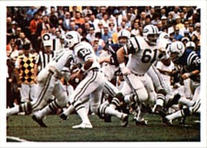 Super Bowl III - Namath (center-left) running a play for the Jets in Super Bowl III