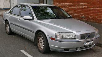 Volvo S80 - Image: 1998 Volvo S80 2.9 sedan (2015 11 11) 01