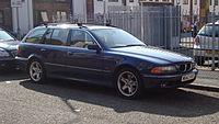 2000 BMW 528i SE Touring (13033645943).jpg