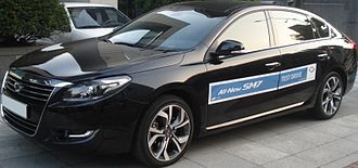 Renault Samsung SM7 - A Renault Samsung SM7 used for test driving.