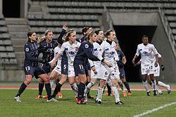 20121209 PSG-Juvisy - free kick 02.jpg
