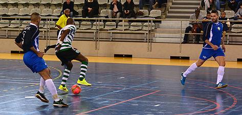 2015-02-28 16-08-28 futsal.jpg